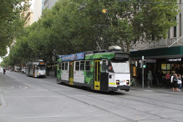 Z3.173 heads north at Swanston and Bourke Street