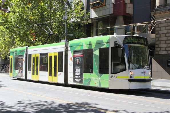 D1.3523 heads south on route 6 at Swanston and La Trobe Street