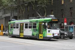Z3.124 heads south on route 58 at William and Bourke Street