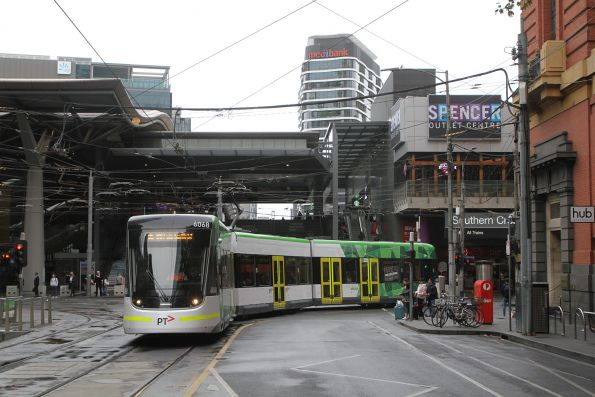 E2.6068 turns from Spencer into Bourke Street on route 86
