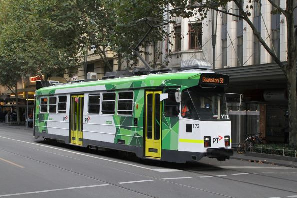 Z3.172 heads north on route 3 at Swanston and Little Collins Street