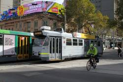 Z3.206 heads south on route 3 at Swanston and Flinders Street