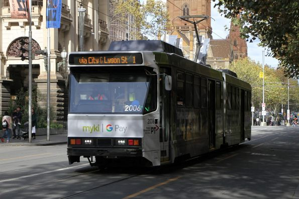 B2.2006 advertising 'Mobile Myki' heads north on route 1 at Swanston and Collins Street