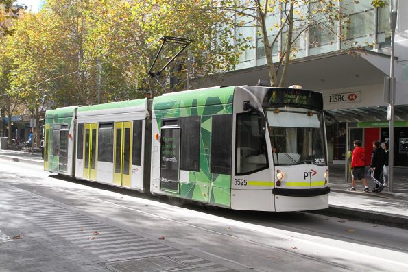 D1.3525 heads south on route 16 at Swanston and Bourke Street