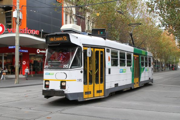 Z3.195 heads north on route 1 at Swanston and Bourke Street