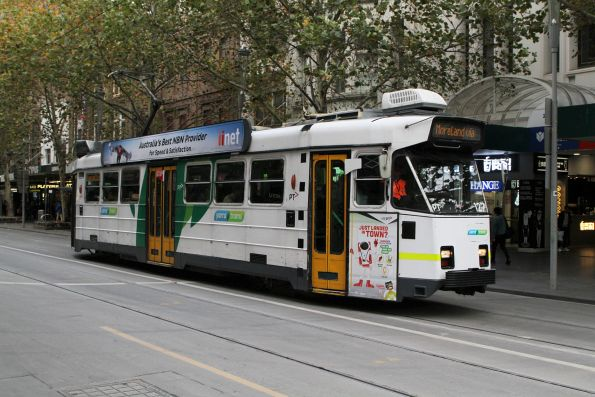 Z3.127 heads north on route 6 at Swanston and Bourke Street