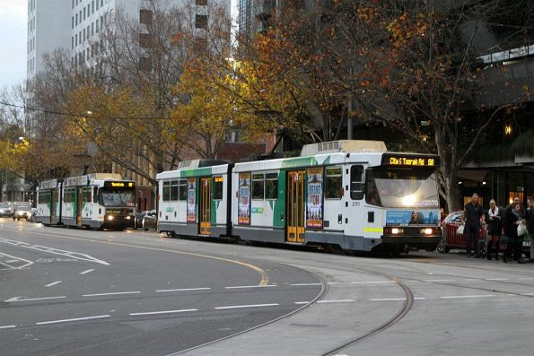 B2.2070 and B2.2102 both heads south on route 58 at William and La Trobe Street