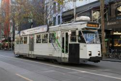 Z3.192 heads north on route 72 at Swanston and Bourke Street