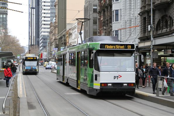 B2.2013 heads south on route 59 at Elizabeth and Collins Street