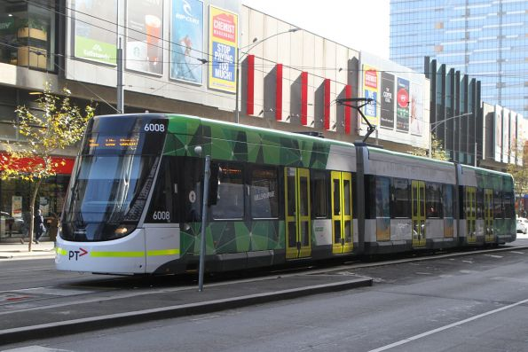 E.6008 heads south on route 86a at Spencer and Bourke Street