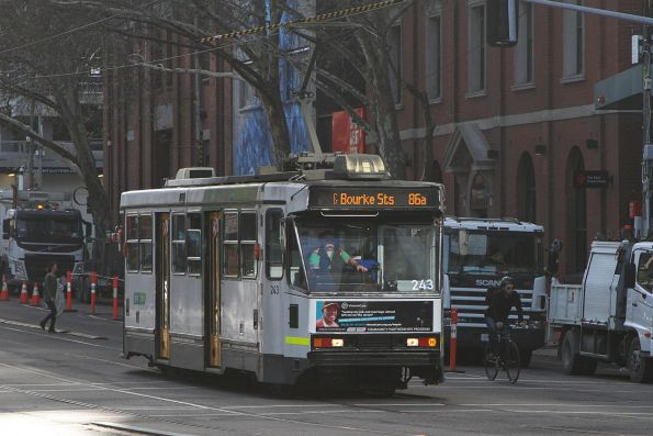 A1.243 heads south on route 86a at Spencer and Little Bourke Street