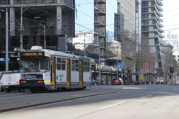 A1.243 heads south on route 86a at Spencer and Bourke Street