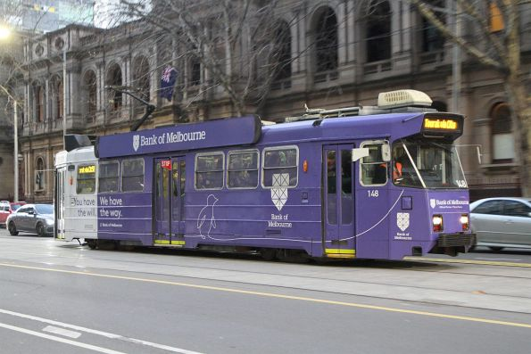Z3.148 advertising 'Bank of Melbourne' heads south on a route 58 service at William and Little Bourke Street