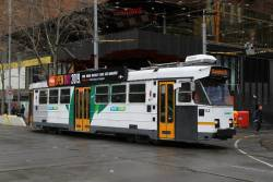 Z3.142 heads north at Swanston and La Trobe Street