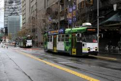 Z3.178 heads south on route 16 at Swanston and La Trobe Street