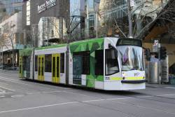D1.3515 heads south on route 72 at Swanston and Lonsdale Street