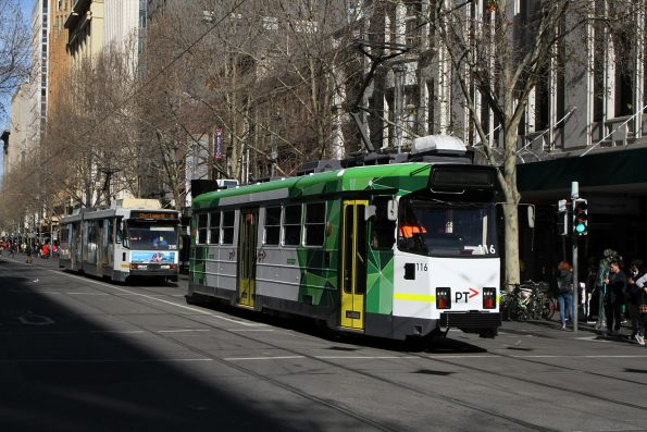 Z3.116 heads north on route 5 with B2.2115 on route 6 at Swanston and Bourke Street