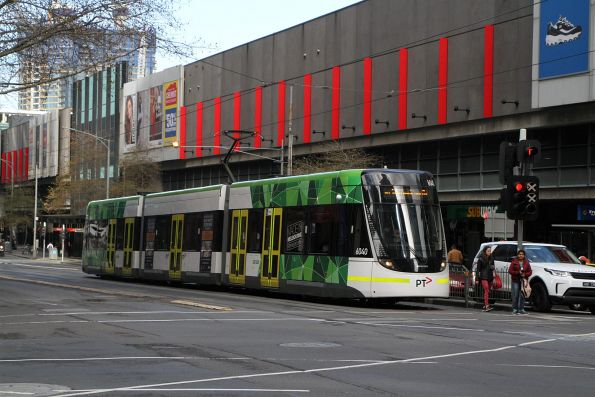 E.6040 heads north on route 86 at Spencer and Lonsdale Street