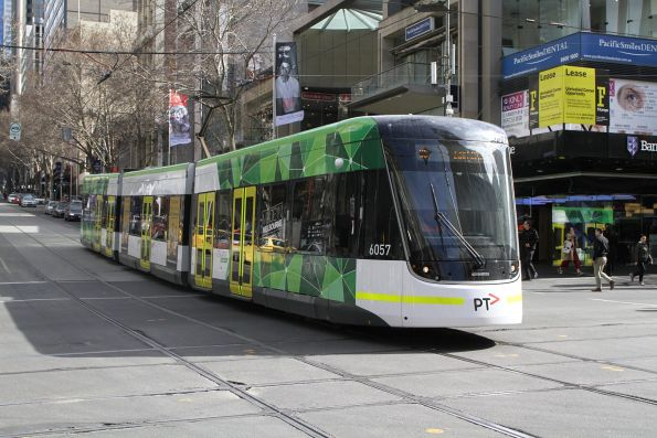 E2.6057 heads east on route 96 at Bourke and Elizabeth Street