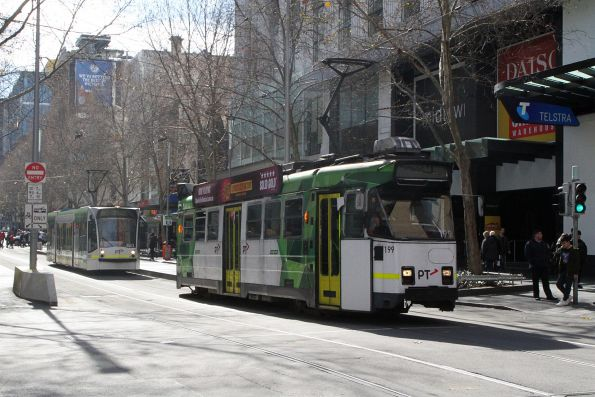 Z3.199 heads south on route 3 at Swanston and Bourke Street