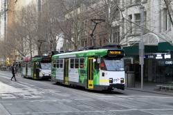 Z3.129 heads north on route 72 at Swanston and Bourke Street