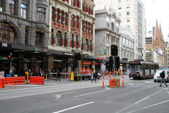 A1.251 heads west on route 70a at Flinders and Degraves Street