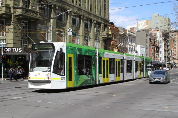 D2.5012 heads north on route 19 at Elizabeth and Bourke Street