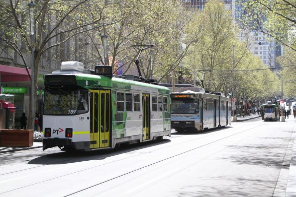 Z3.189 on route 1 follows B2.2103 on route 3 north at Swanston and Bourke Street