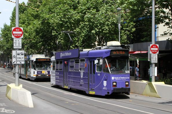 Z3.148 advertising 'Bank of Melbourne' heads north on route 16 at Swanston and Collins Street