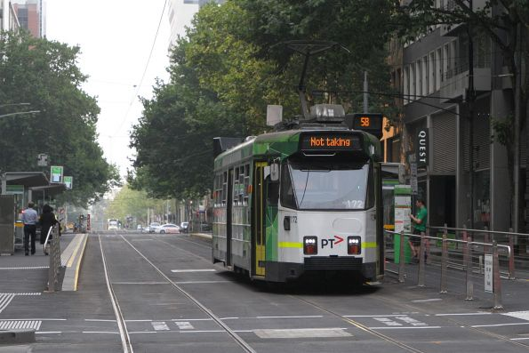 Z3.172 heads south out of service at William and Bourke Street