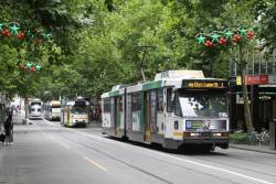 B2.2105 heads north on route 1 at Swanston and Lonsdale Street