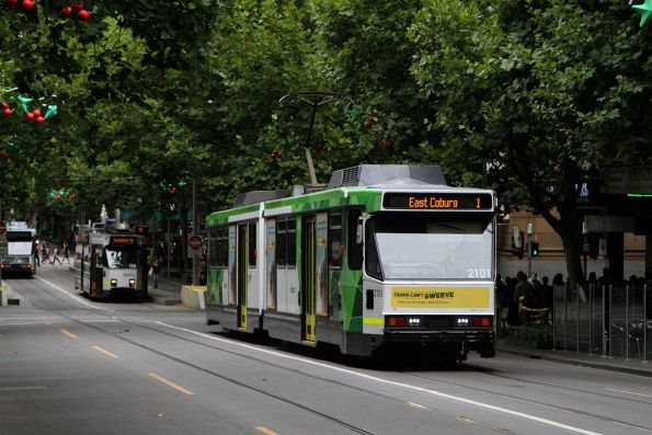 B2.2101 heads north on route 1 at Swanston and Lonsdale Street