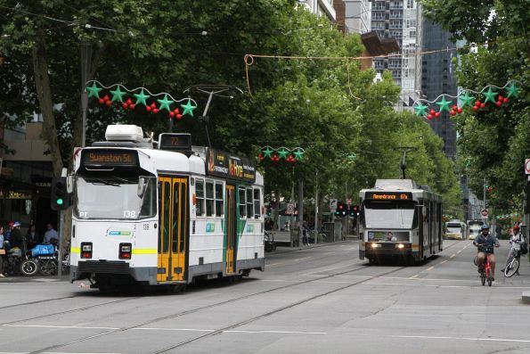 Z3.138 on route 72 passes B2.2025 on route 67a at Swanston and Lonsdale Street