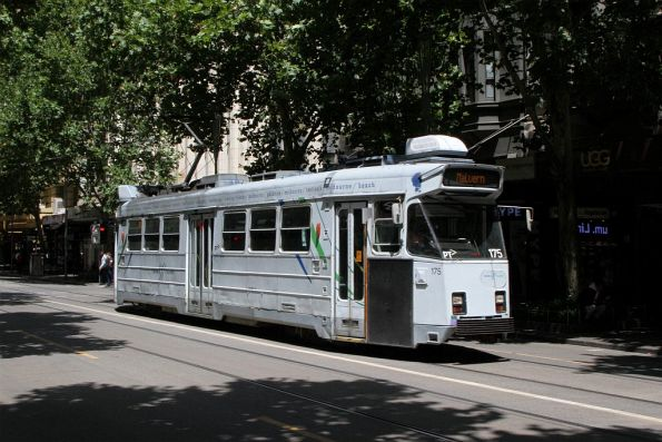 Z3.175 heads north on route 5 at Swanston and Little Collins Street