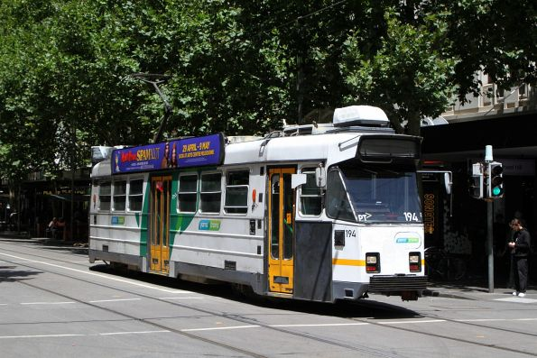 Z3.194 heads north on route 16 at Swanston and Bourke Street