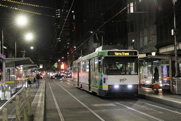 B2.2066 heads south on route 19 at Elizabeth and Collins Street