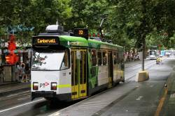 Z3.131 heads south on route 72 at Swanston and Little Bourke Street