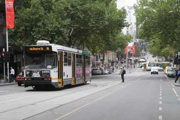 A2.298 on a eastbound route 96 service at Bourke and Queen Street
