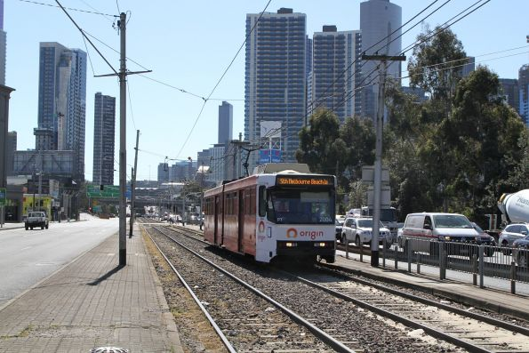 B2.2004 advertising 'Origin Energy' heads south on a diverted route 1a service at Kings Way and Sturt Street