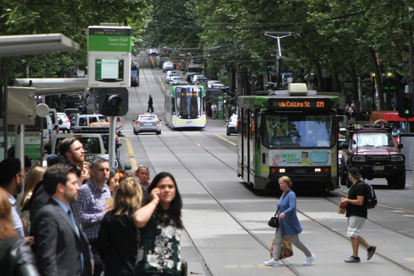 A1.236 heads east on route 109 at Collins and Swanston Street