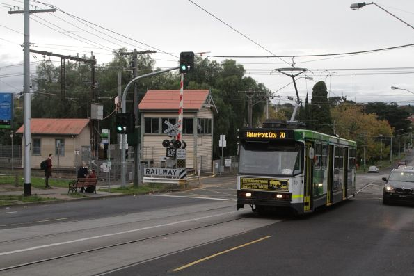 A2.273 westbound on route 70 at the Riversdale tram square