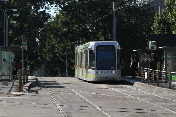 C.3020 heads west on route 109 at St Vincent's Plaza