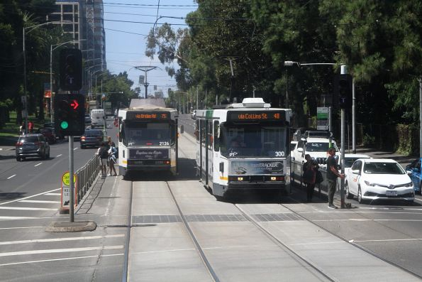 A2.300 on route 48 passes B2.2126 on route 75 at Wellington Parade and Jolimont Road