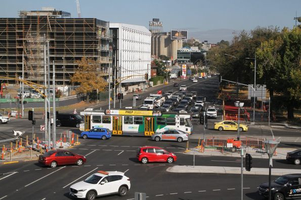 A2.271 heads east on route 70 at Swan Street and Punt Road
