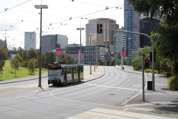 A2.282 heads south on route 70 at Exhibition Street and Batman Avenue