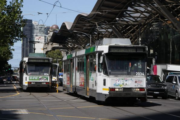 B2.2034 and B2.2014 cross paths at Spencer and Bourke Street