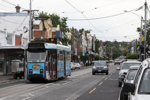 Z3.209 advertising 'Grogger' heads northbound on route 57 on Union Road, Ascot Vale