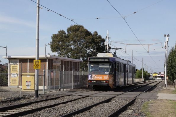 B2.2128 passes substation 'Aw' on Matthews Avenue, Airport West