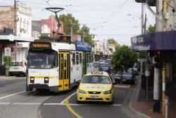 Z3.130 waits to turn from Union Road into Maribyrnong Road