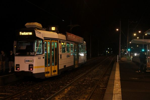 Footscray-bound on route 82, Z3.145 stops for passengers at Highpoint